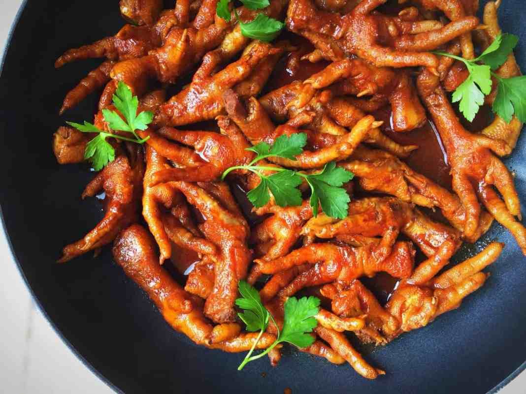 Popular Chef, Nono Ntshali's chicken feet dish which is a distinctive Mzansi delicacy.