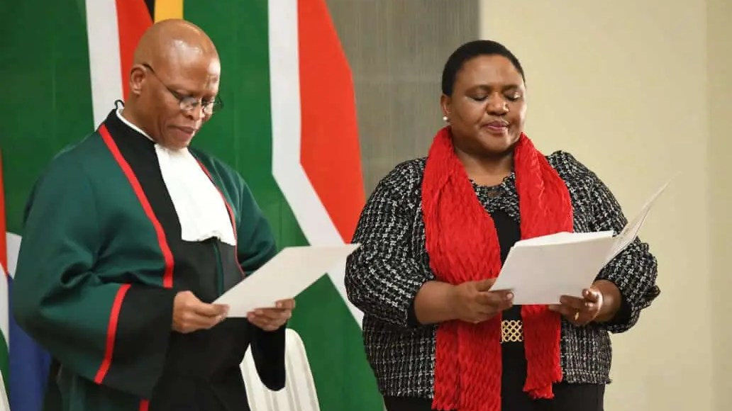 Thoko Didiza, the Minister of Agriculture, Land Reform and Rural Development with Chief Justice Mogoeng Mogoeng.