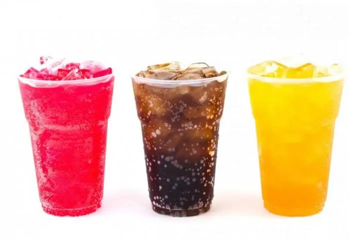 Food For Mzansi resident nutritionist Andrea Du Plessis says many sweetened cold drinks contain lots of sugar.