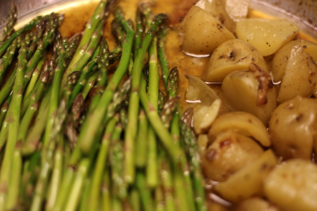 ASPARAGUS AND POTATOES IN LEMON GARLIC GINGER SAUCE FROM CHICKEN