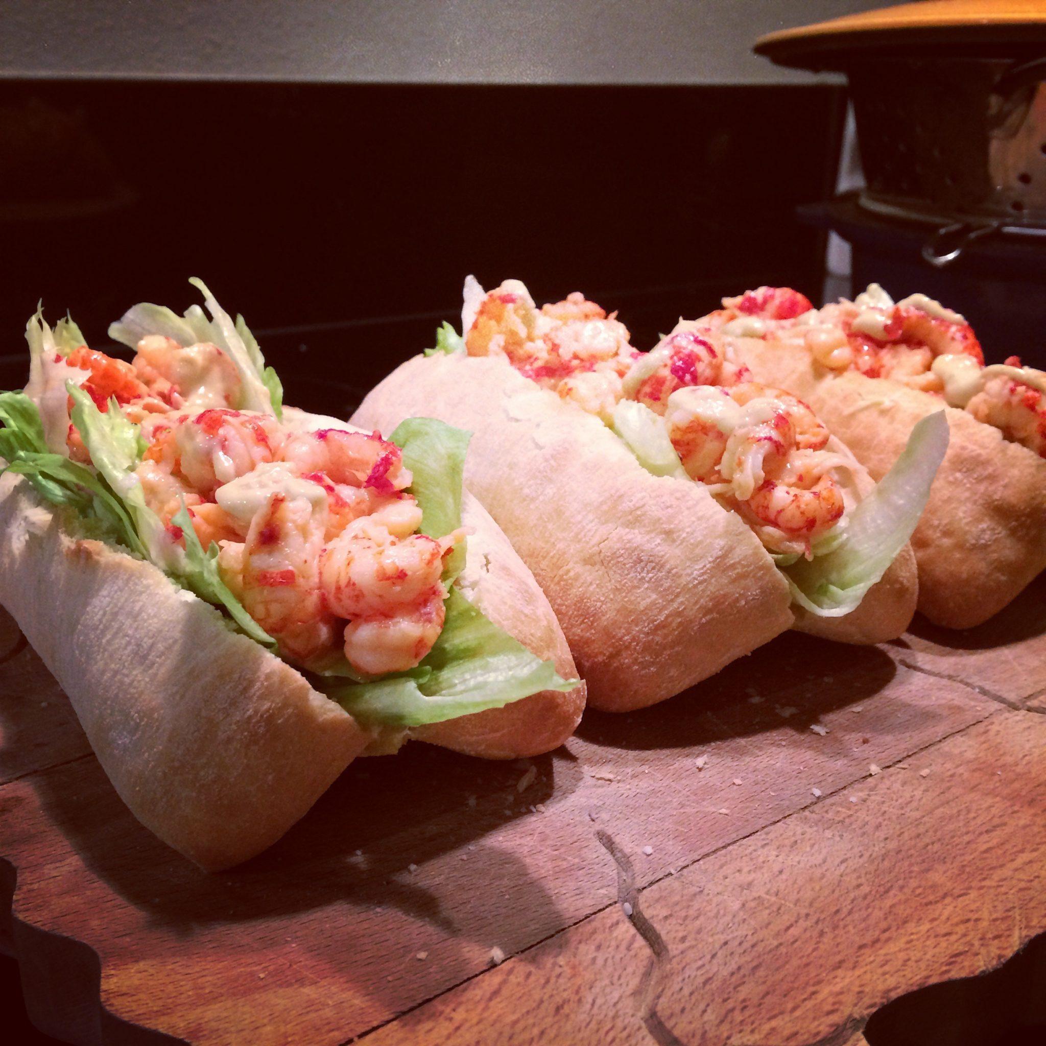 rivierkreeftjes_lobster_roll