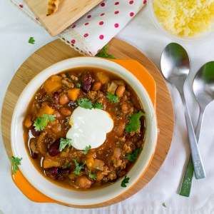 Chili Con Carne with Baked Tortilla Chips