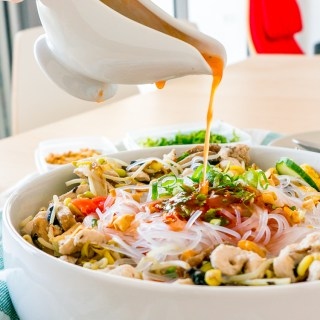 Thai Glass Noodle Salad (Yum Woon Sen / ยำวุ้นเส้น)