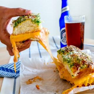 Cheesy & Garlicky Meatball Sliders
