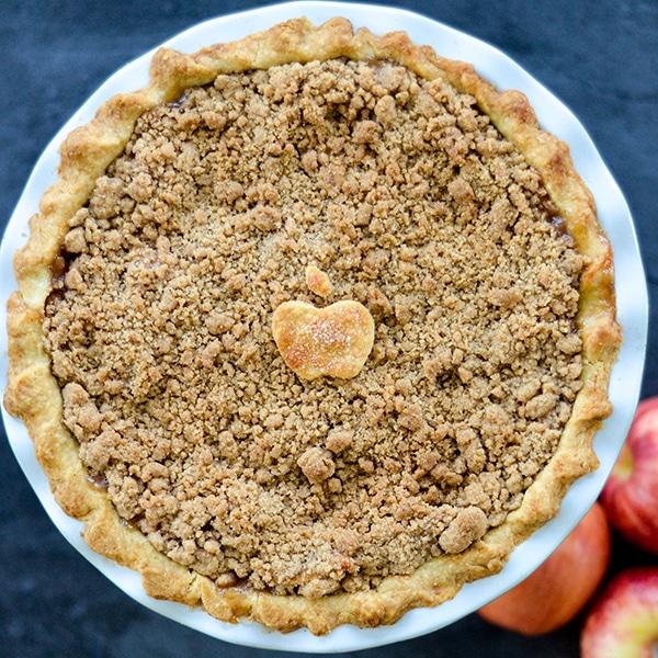 Apple Crumble Pie Joy Food Sunshine | foodiecrush.com