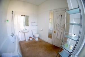 the hollies bathroom