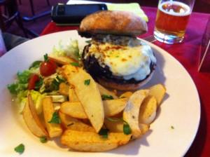 Burger at Mira  Mara, Helensburgh. © food and drink Glasgow blog