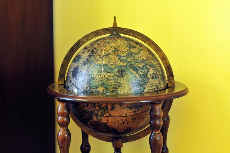 The Old School B&B - Geography room globe