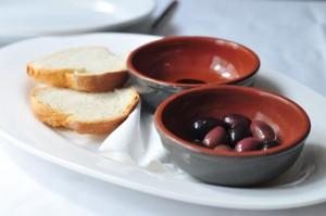 Locanda De Gusti - olives & bread