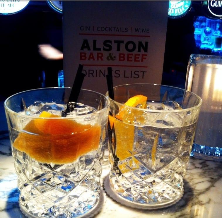Cocktail bars glasgow top ten foodie explorers for Bar food top 10