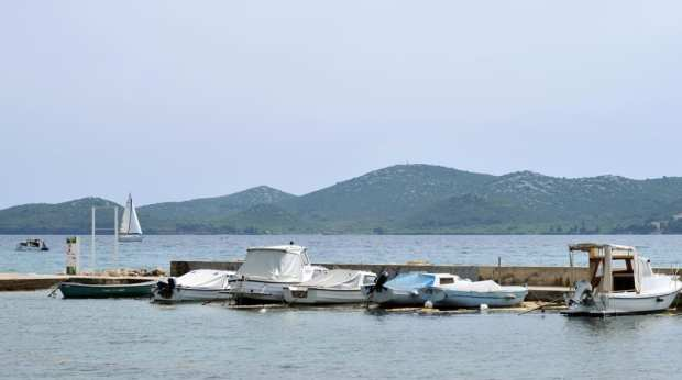 biograd_croatian_boats_in_the_sun