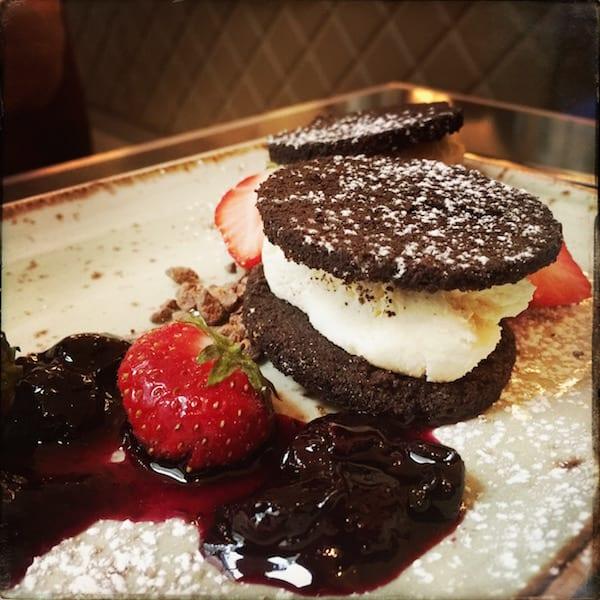Glasgow Foodie Explorers Food Travel Blog NYL_LIVERPOOL_CHEESECAKE
