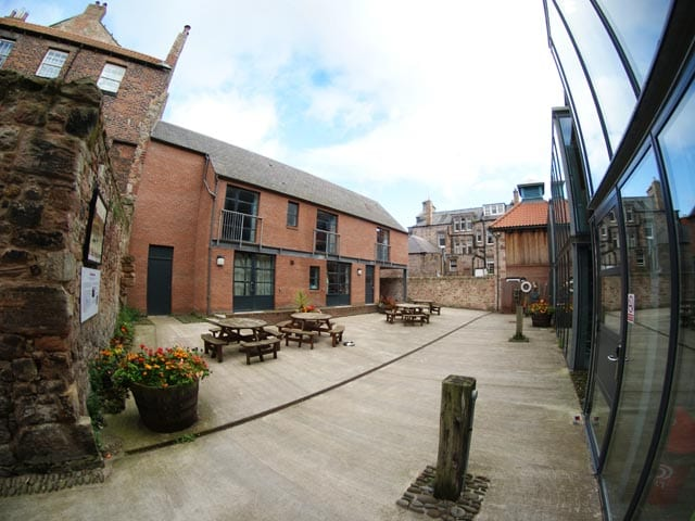YHA Berwick - courtyard with picnic tables