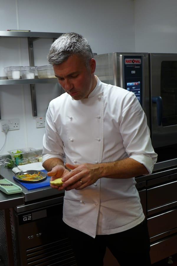 Martin_Wishart_The_honours_Cooking15