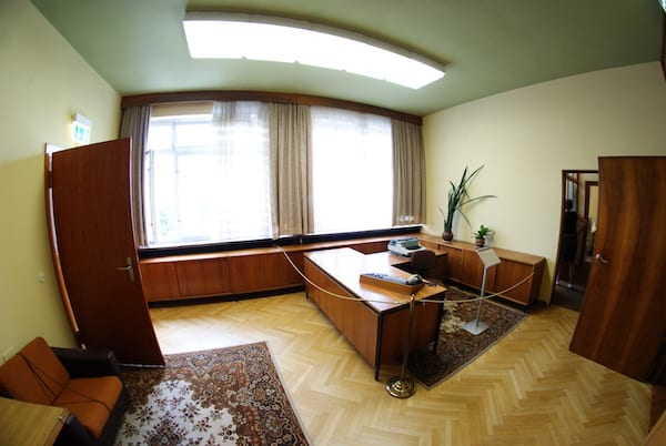 Stasi_museum_berlin_offices