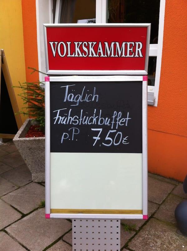 Volkskammer_ostel_berlin_.sign
