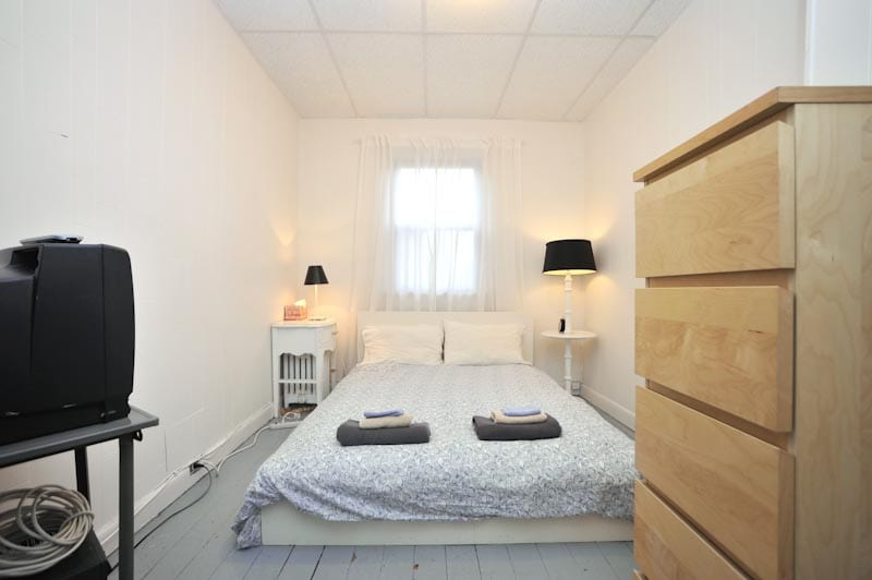 Greenpoint lodge Brooklyn New York NYC accommodation