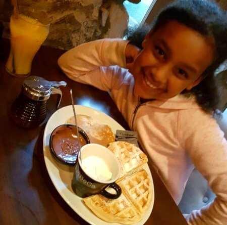 TriBeCa woodlands Waffles