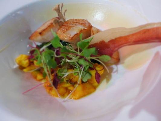 moness_resort_pan seared scallops