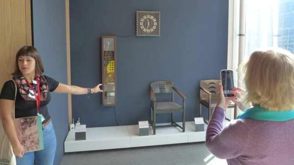 Mackintosh GSA tour - Mackintosh clocks and chairs