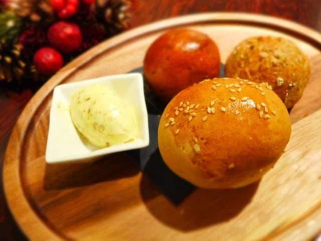 Boclair House - bread