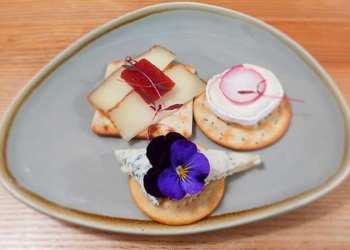 Edinburgh Food Safari - Brandon's of Cannonmills cheese