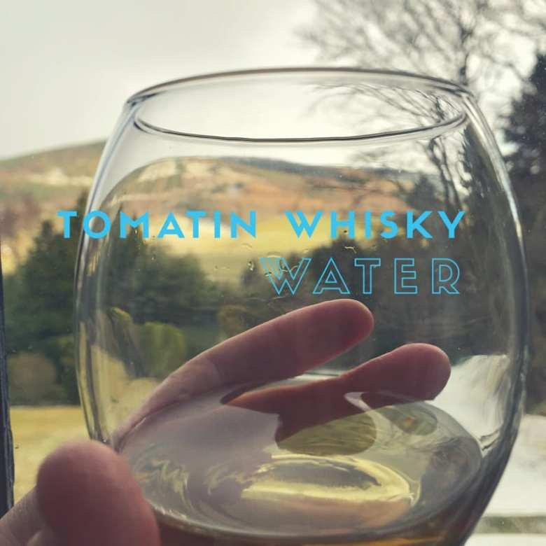 Tomatin whisky 5 Virtues water