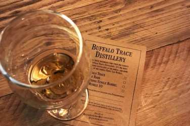Bourbon Bingo Van Winkle glasgow