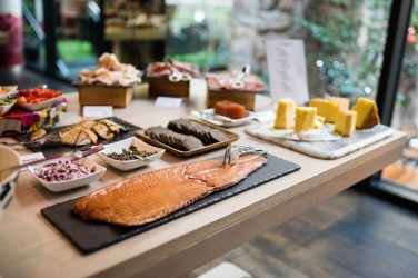 Radisson collection edinburgh monthly sunday brunch