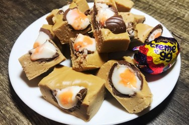 Creme egg fudge recipe easter