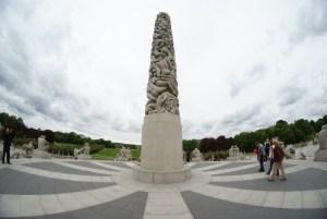 vigeland park oslo monolith