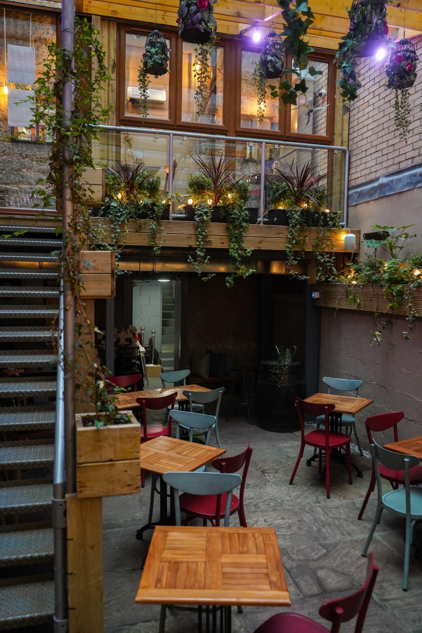 Cùl Cùil heated beer garden