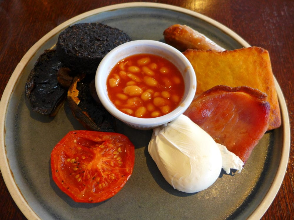 Bridge of Orchy hotel food full Scottish breakfast