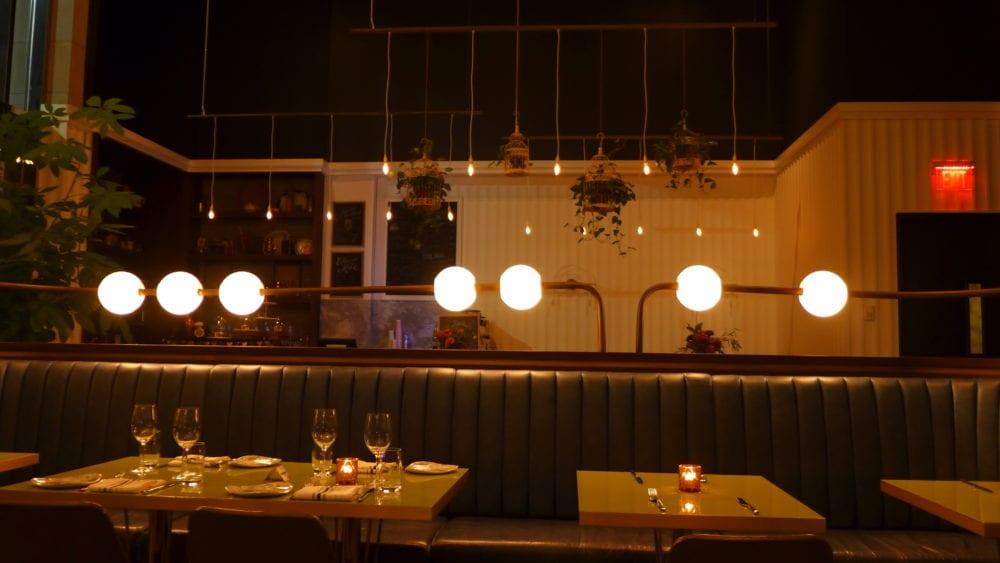 victor restaurant toronto inside restaurant
