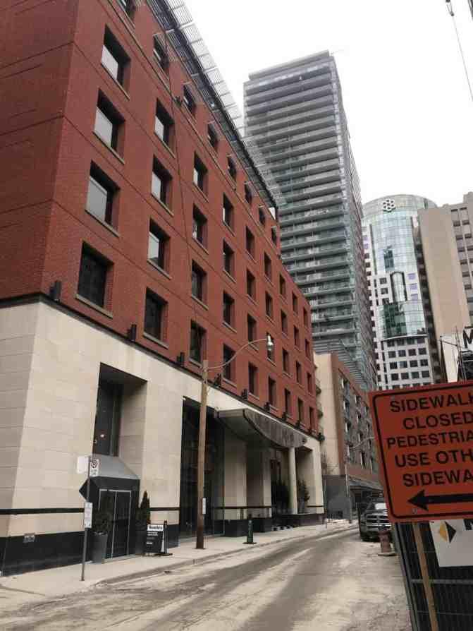 Le Germain Hotel Toronto Mercer outside