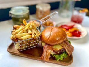 Hard rock at home bbq bacon cheeseburger plateaway