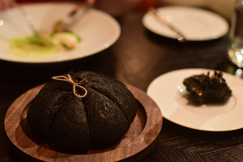 Pompeii menu - carbonised bread & butter