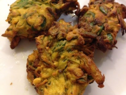 Mix vegetable fritters(pakora)