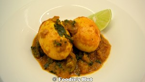 Dimer Kosha (Egg bhuna) - recipe by Foodie's Hut