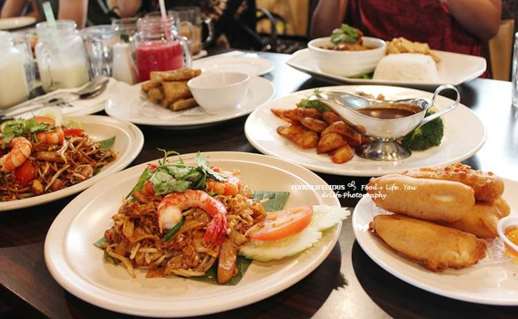 Hornbill Cafe: Fill Your Hunger When You Are At KL Bird Park, Malaysia
