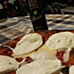 Pizza in teglia di Fra Bernardo con bufala in uscita