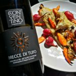 Razza aromatica con ravanelli, carote e cipolla di tropea croccante