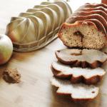 Bundtcake ripeno di confettura di mele e cannella