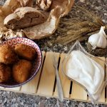 Bombas di pane con salsa aioli