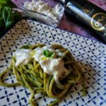 Spaghetto alla chitarra crema di basilico e stracciatella
