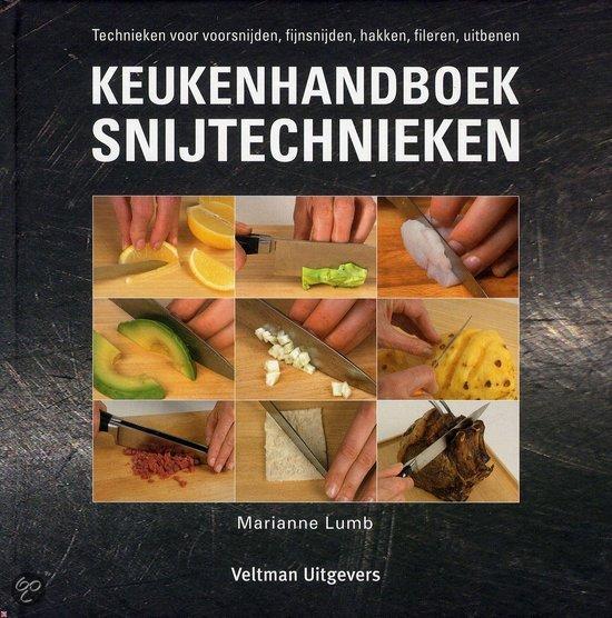 Kookboek snijtechnieken onder tien Euro