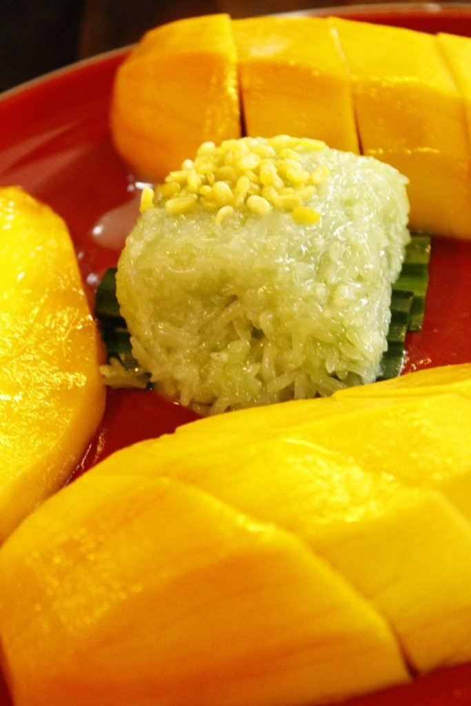 Sticky rice en mango in Thailand vakantie foodcravings foodblog Foodinista