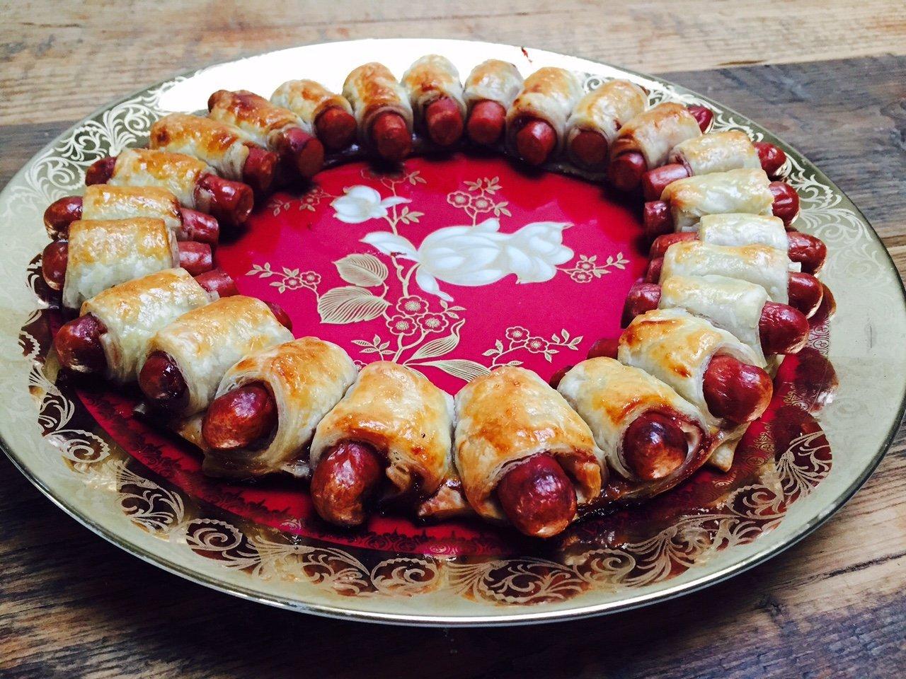 Hotdog kerstkrans recept receptblog Foodinista kidsfood partyfood