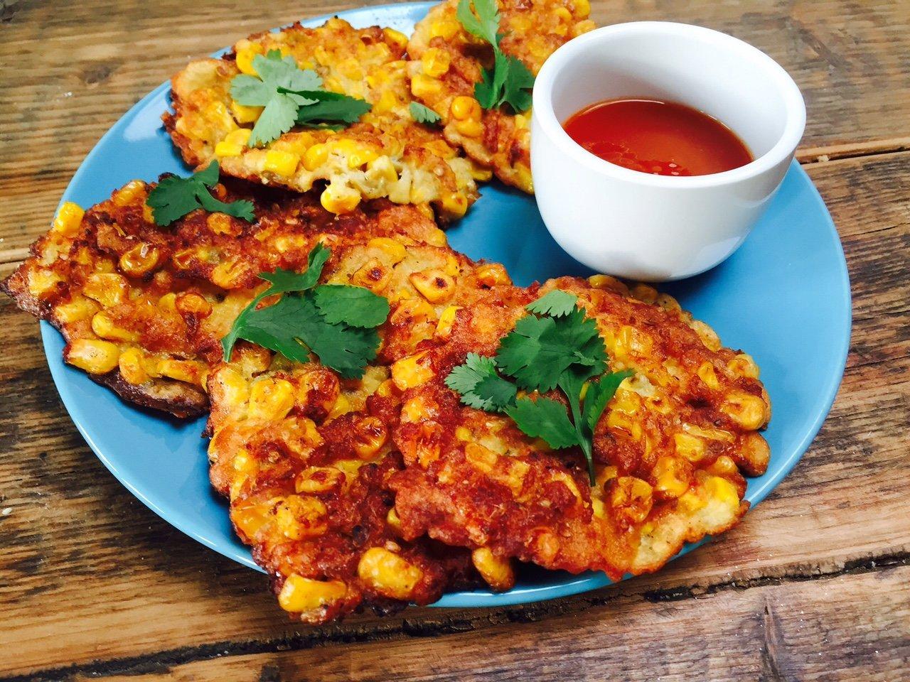 Recept Indonesische maiskoekjes oud en nieuw snackrecept foodblog Foodinista