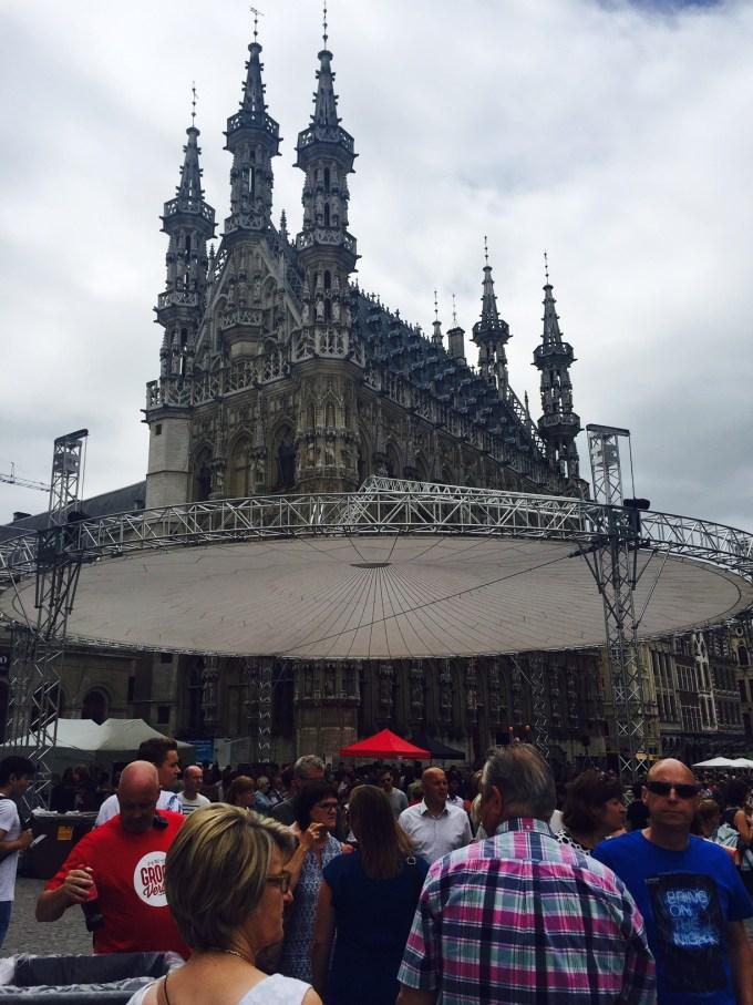 Drukte tijdens Hapje Tapje Festival Leuven